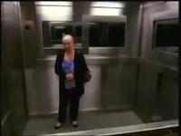 Menina Fantasma no Elevador   A Melhor Pegadinha do Programa Silvio Santos.avi